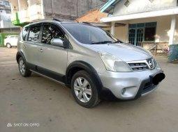 Sumatra Selatan, Nissan Grand Livina X-Gear 2013 kondisi terawat