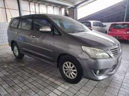 Sumatra Utara, jual mobil Toyota Kijang Innova V 2012 dengan harga terjangkau