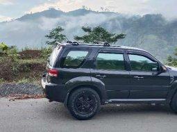 Jual mobil bekas murah Ford Escape Limited 2009 di Jawa Barat