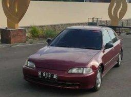 Mobil Honda Civic 1994 terbaik di Jawa Tengah