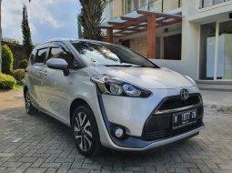 Jual mobil Toyota Sienta V 2016 bekas, Jawa Timur