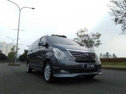 Jual mobil bekas murah Hyundai H-1 XG 2011 di Banten