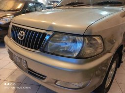 Jawa Timur, Toyota Kijang LGX 2004 kondisi terawat
