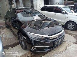 Mobil Honda Civic 2019 ES Prestige terbaik di Sumatra Selatan
