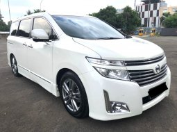Nissan Elgrand Highway Star 2013 Putih