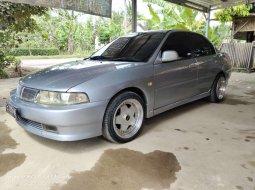 Jawa Barat, jual mobil Mitsubishi Lancer 2002 dengan harga terjangkau
