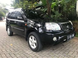 Mobil Nissan X-Trail 2005 ST dijual, Banten