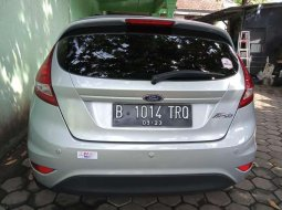 Mobil Ford Fiesta 2013 terbaik di DKI Jakarta