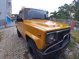 Daihatsu Taft 2.5 Diesel 1990 Kuning