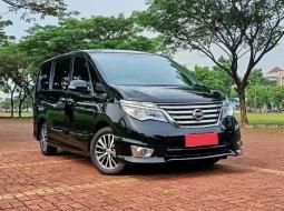 Mobil Nissan Serena 2015 terbaik di DKI Jakarta