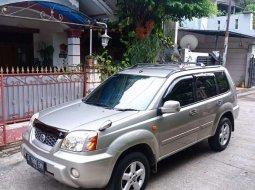 Jual cepat Nissan X-Trail 2.5 2003 di Banten