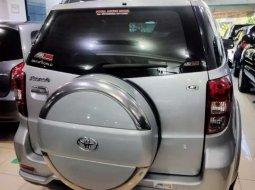 Jual mobil Toyota Rush G 2010 bekas, Jawa Timur