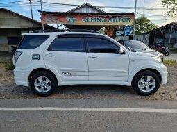 Dijual mobil bekas Toyota Rush , Kalimantan Selatan