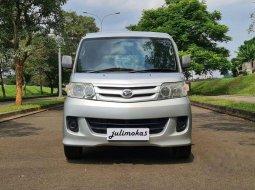 Dijual mobil bekas Daihatsu Luxio D, Banten