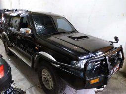 Sumatra Utara, Ford Everest XLT 2005 kondisi terawat