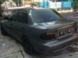 Mobil Hyundai Excel 2003 terbaik di Jawa Tengah