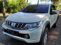 Jual mobil Mitsubishi Triton 2015 bekas, Jawa Timur