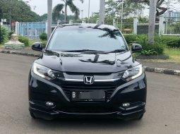 Honda HR-V 1.8L Prestige 2015 Hitam