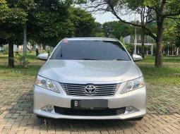 Toyota Camry 2.5 V 2013 Sedan