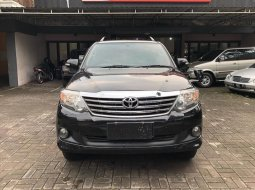 Toyota Fortuner 25 2KD G automatic 2012