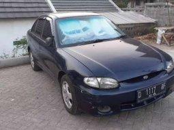 Jawa Barat, jual mobil Hyundai Accent 2001 dengan harga terjangkau