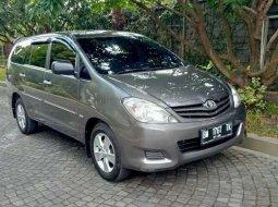 Riau, jual mobil Toyota Kijang Innova E 2010 dengan harga terjangkau