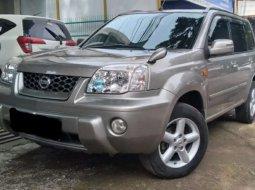 Jawa Barat, jual mobil Nissan X-Trail 2.5 2004 dengan harga terjangkau