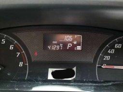 Jual mobil bekas murah Toyota Sienta V 2016 di DKI Jakarta