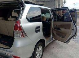 Mobil Toyota Avanza 2013 terbaik di Sumatra Barat