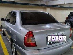 Jawa Barat, jual mobil Hyundai Accent Verna 2002 dengan harga terjangkau