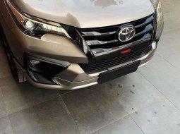 Dijual mobil bekas Toyota Fortuner VRZ, Sumatra Selatan