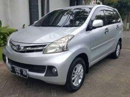 Jawa Timur, jual mobil Daihatsu Xenia R 2012 dengan harga terjangkau