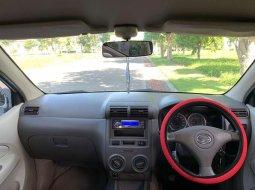 Mobil Daihatsu Xenia 2008 dijual, Jawa Timur