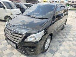 Dijual mobil bekas Toyota Kijang Innova V, Riau