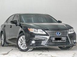Lexus ES 300h 2014 Hitam