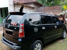 Kalimantan Timur, Toyota Avanza G 2008 kondisi terawat