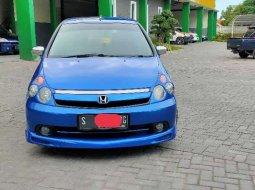 Jual mobil Honda Stream 2005 bekas, Jawa Timur