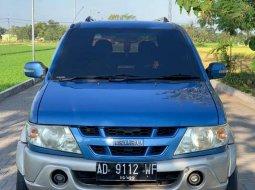 Isuzu Panther 2004 Jawa Tengah dijual dengan harga termurah