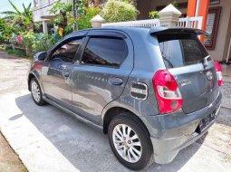 Jual cepat Toyota Etios 2014 di Sumatra Barat