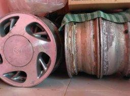 Jawa Tengah, Toyota Kijang LGX 2001 kondisi terawat