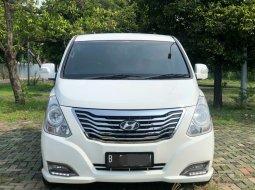 Hyundai H-1 XG 2014 Putih
