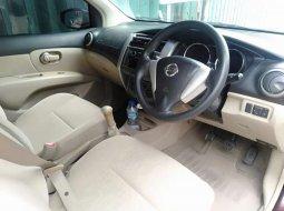 Jual mobil Nissan Livina 2013 bekas, Jawa Timur