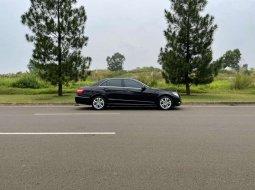 Jual mobil bekas murah Holden Special 2010 di Banten