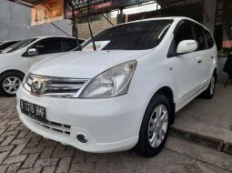 Jual Nissan Grand Livina Ultimate 2012 harga murah di DKI Jakarta