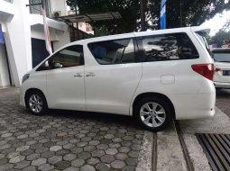 Toyota Alphard 2012 Jawa Barat dijual dengan harga termurah