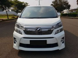 DKI Jakarta, Toyota Vellfire ZG 2013 kondisi terawat