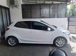 Jual mobil bekas murah Mazda 2 R 2012 di Jawa Barat