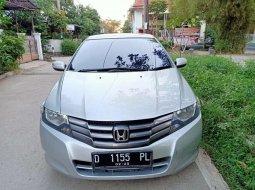 Mobil Honda City 2010 terbaik di Jawa Barat