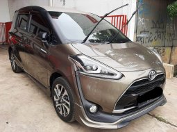 Toyota Sienta Q CVT 2017 DP Minim