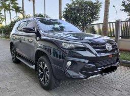 Mobil Toyota Fortuner 2018 VRZ terbaik di Jawa Timur